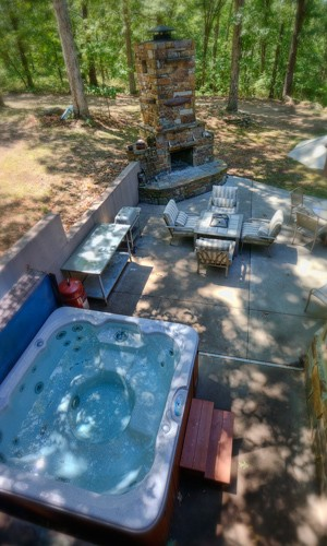 hottub at our eureka springs romantic cabins